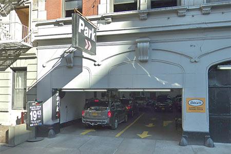 127 E 83 Street Parking for Gastroenterologist Upper East Side NYC
